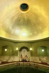 Koepel van het Turkse bad in Eger